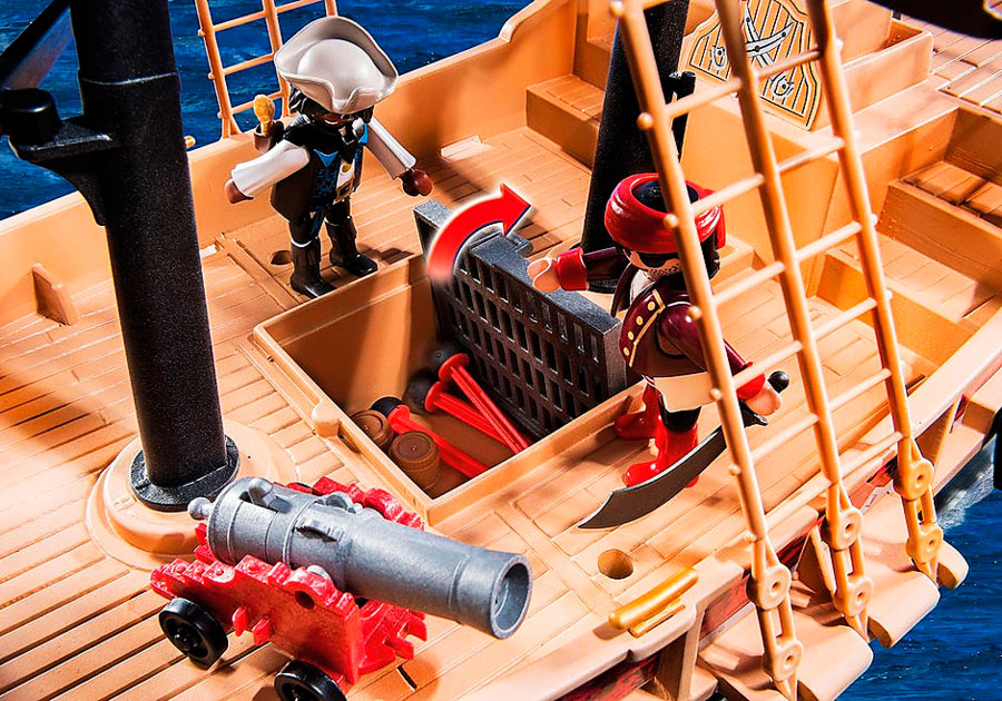Detalle cubierta canon Barco Corsario Playmobil
