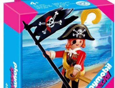 capitan pirata con bandera playmobil
